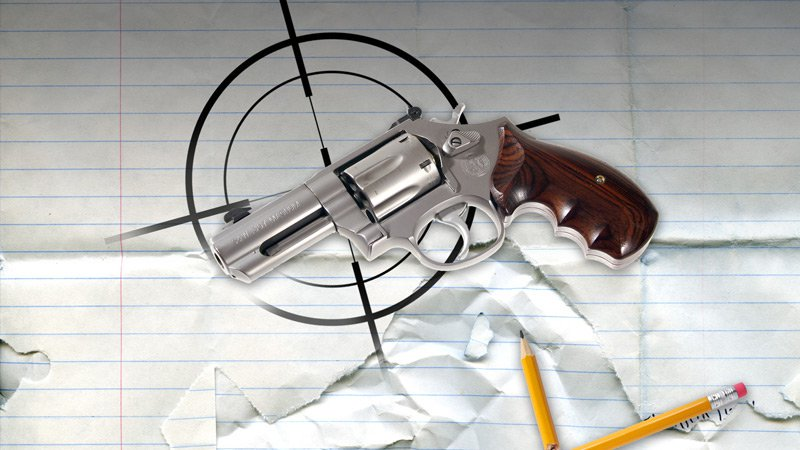 Police: Centralia juvenile detained with gun atschool