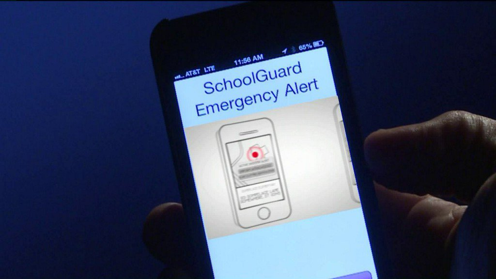 Officer creates app to get nearby police to respond to school shootings