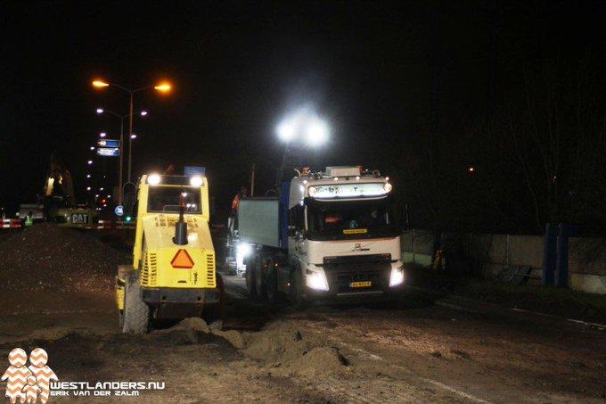 De werkzaamheden die twee keer eerder zijn uitgesteld aan de Woudseknoop/rijksweg A4 zijn dit weekend weer hervat. https://t.co/2VtiKyHSSt