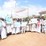 Muslim faithful protest against alleged grabbing of cemetery land