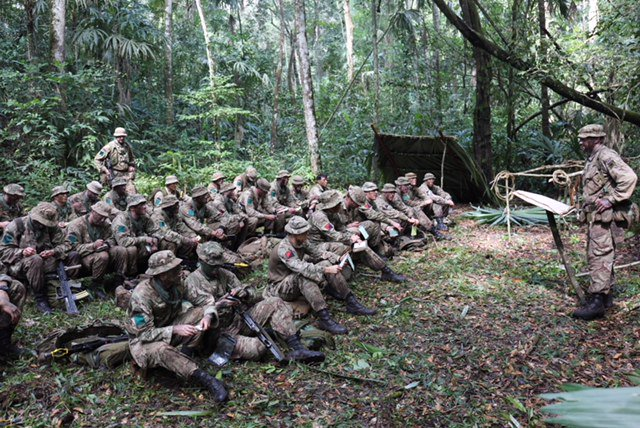 test Twitter Media - Welcome to the jungle: A Company, 3rd Battalion The Parachute Regiment training to survive - and fight - in the heat and humidity of the #jungle on Ex Mayan Warrior in Belize 🇧🇿 https://t.co/7nortYiJMf