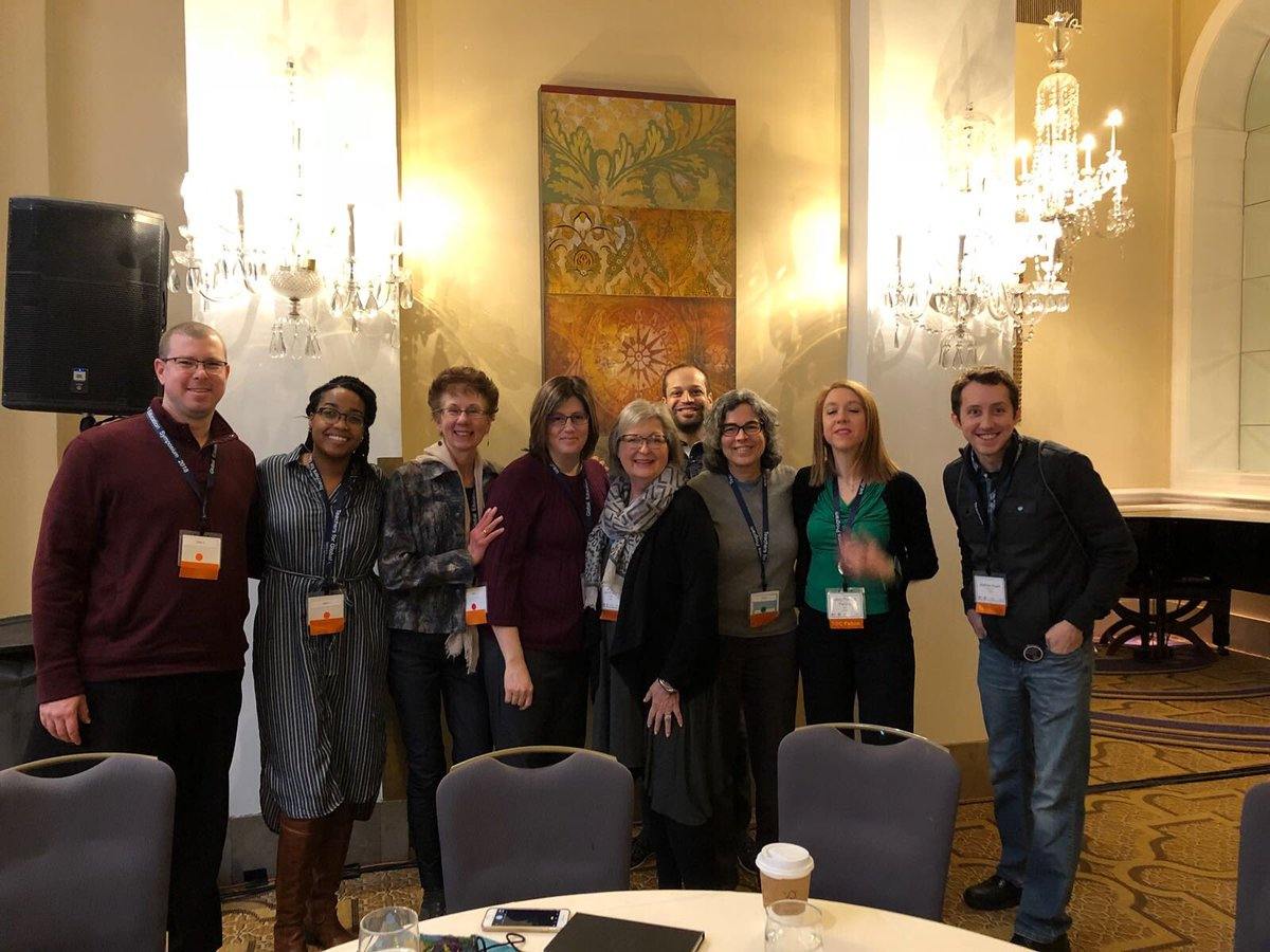 Check out the amazing cohort of teachers traveling to India with the TGC Fellows Program! #hornetsr2 https://t.co/AHIQ32u0pE