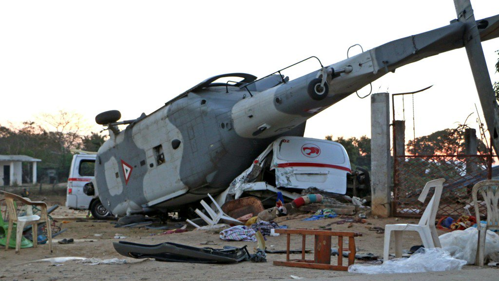 Helicopter crashes after Mexican earthquake; 13 killed and 15 injured