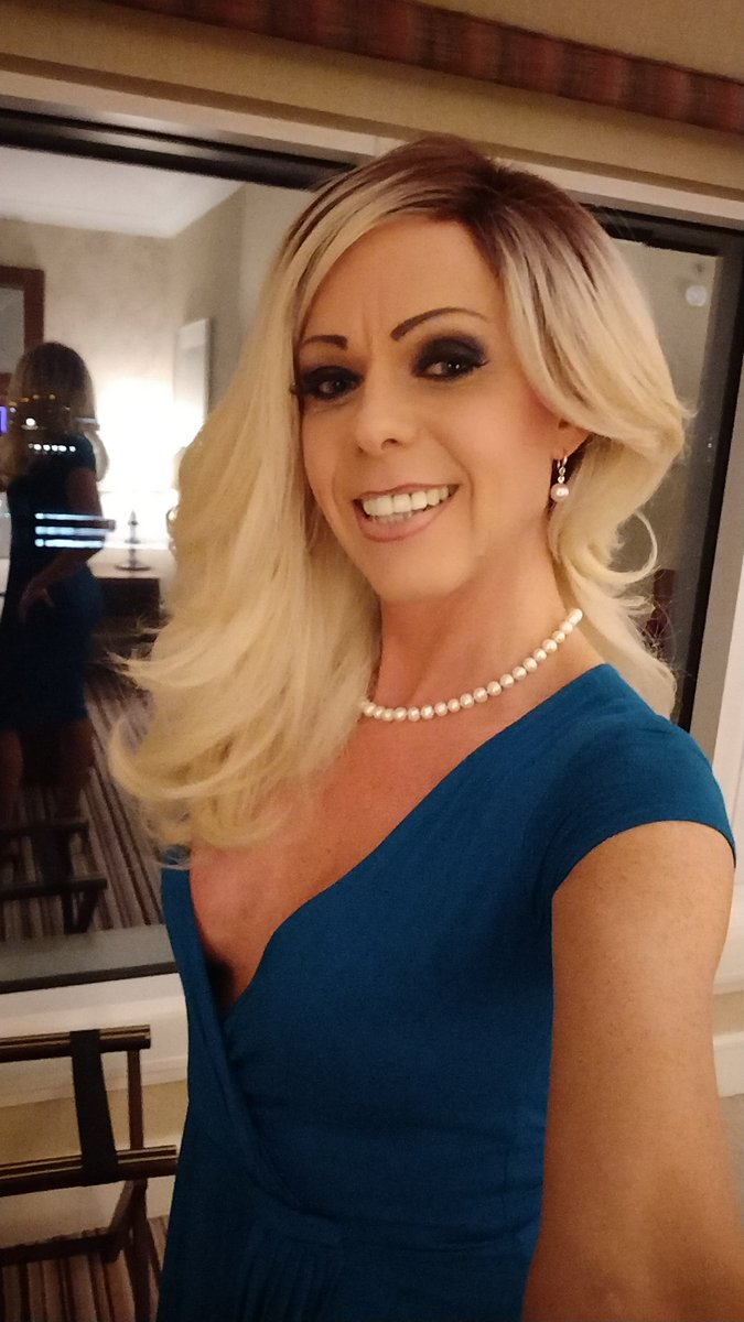 1 pic. Ready for some action in Glasgow this evening ;-) xxx PmgcaYNy6z