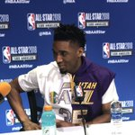 RT : Donovan Mitchell pays homage to fo...