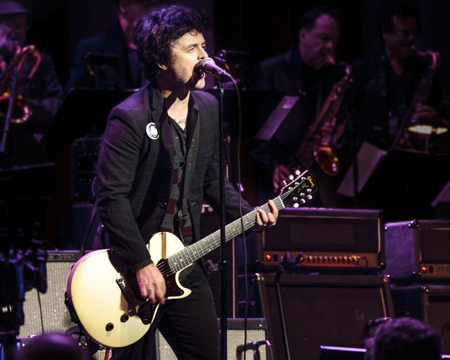 Wishing Green Day s Billie Joe Armstrong a happy birthday today.