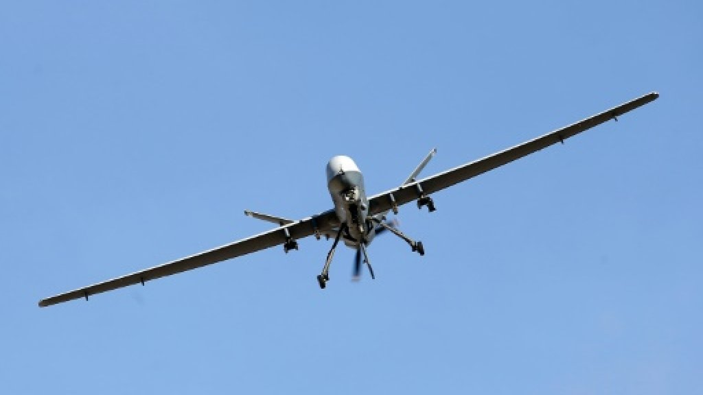 Drone kills two Qaeda suspects as Yemen troops launch assault