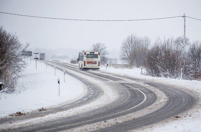Biezākā sniega sega valstī - 27 centimetri Alūksnē
