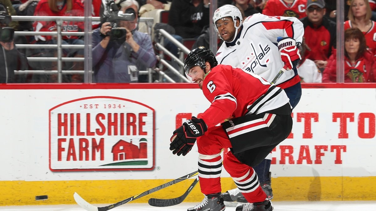 Black NHL player Devante Smith-Pelly taunted by Chicago fans