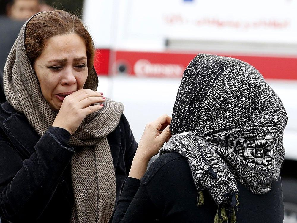 65 people feared dead in Iran plane crash