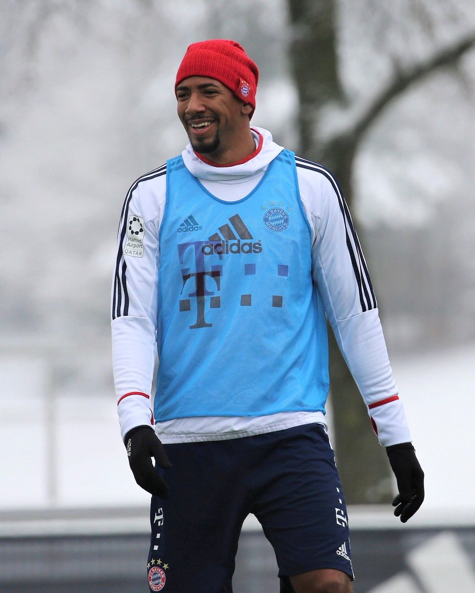 Snowy session today ❄️😁 @FCBayern https://t.co/dgDKUymdFg