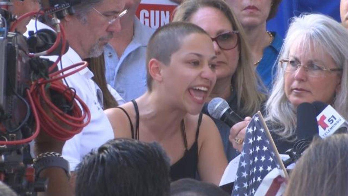 Teen gives emotional speech at gun control rally after mass shooting