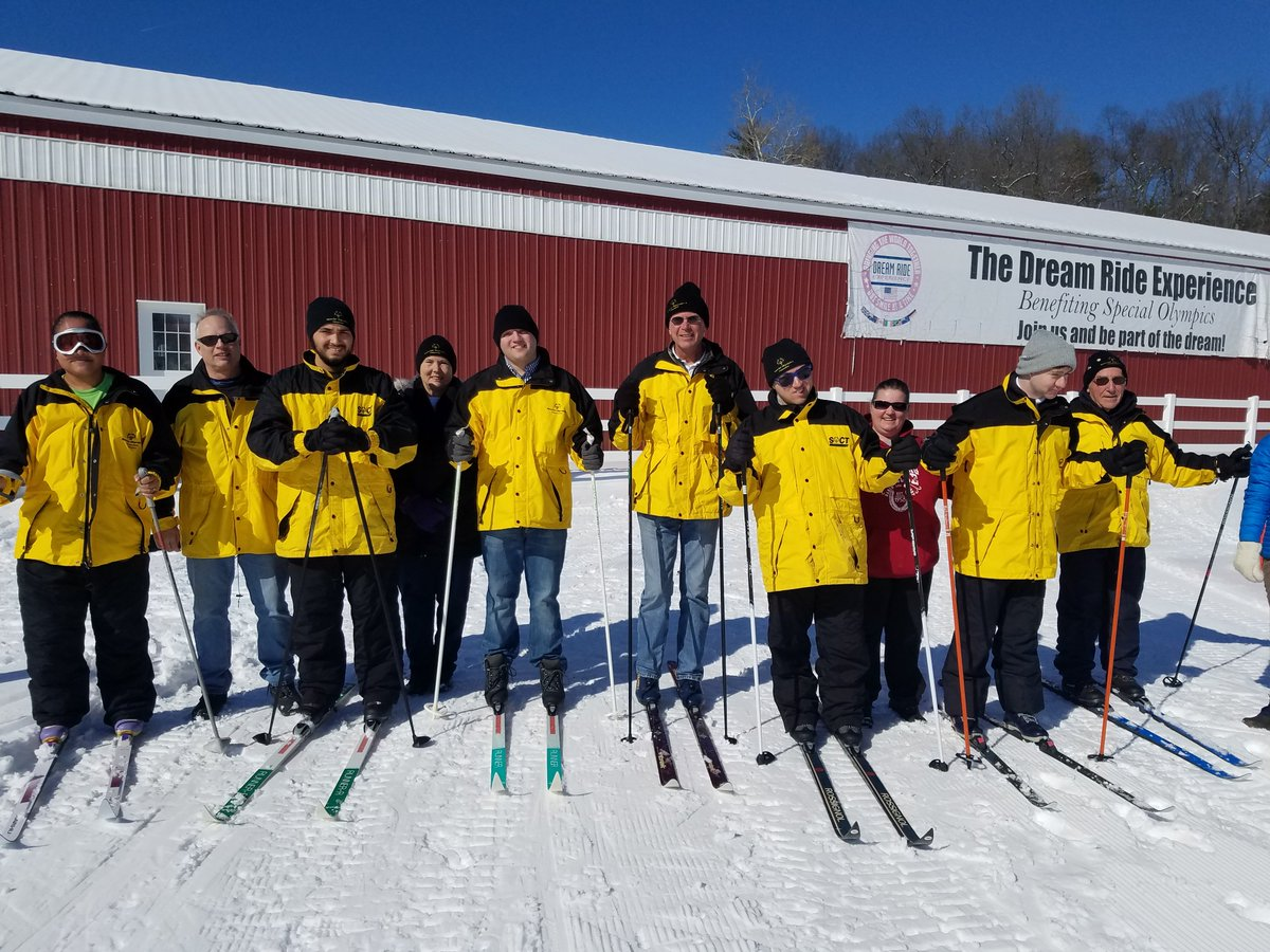 It was an ideal day for cross-country skiers with Special Olympics Bristol to practice their sport in anticipation of Winter Games! Thanks to our great friends with the @DreamRideExp & Hometown Foundation, they got to ski on perfectly groomed courses at the @farmingtonpolo Club! https://t.co/XuxutYHRBG