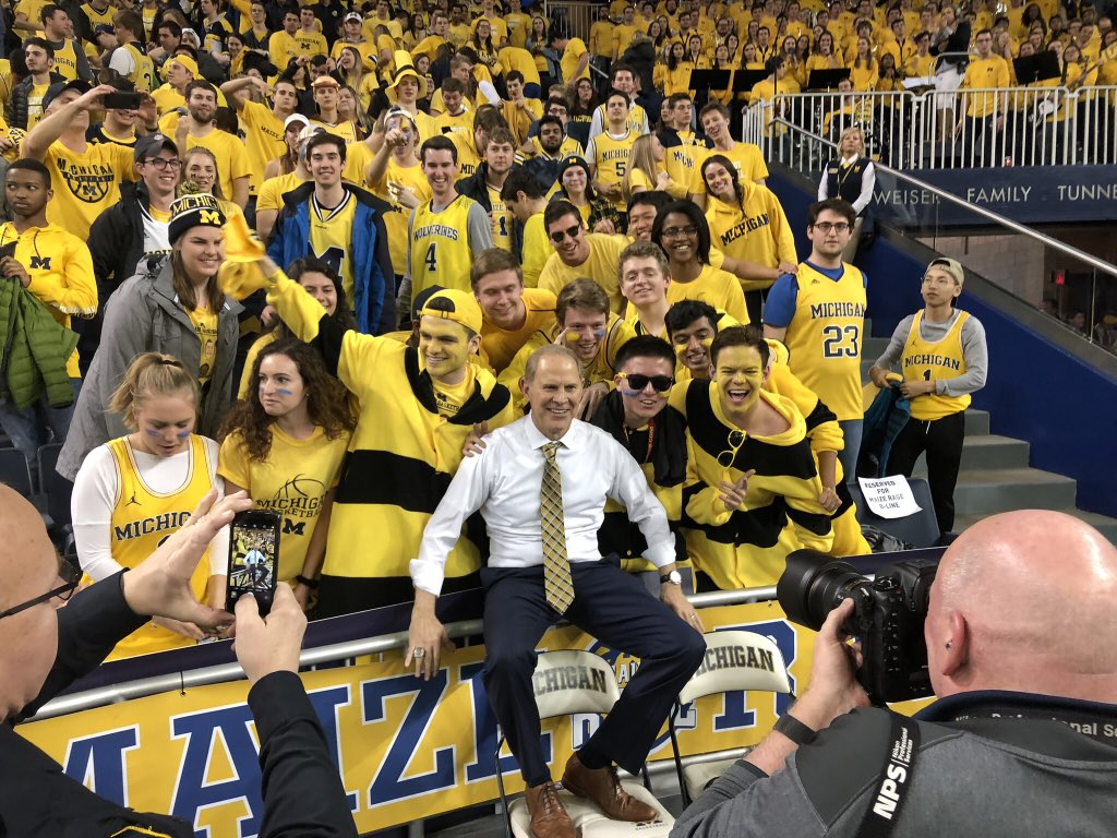 RT @JRoseWXYZ: Coach Beilein finally gets to hang with his peeps, the Bee-line. https://t.co/G4KQM6e3Zn
