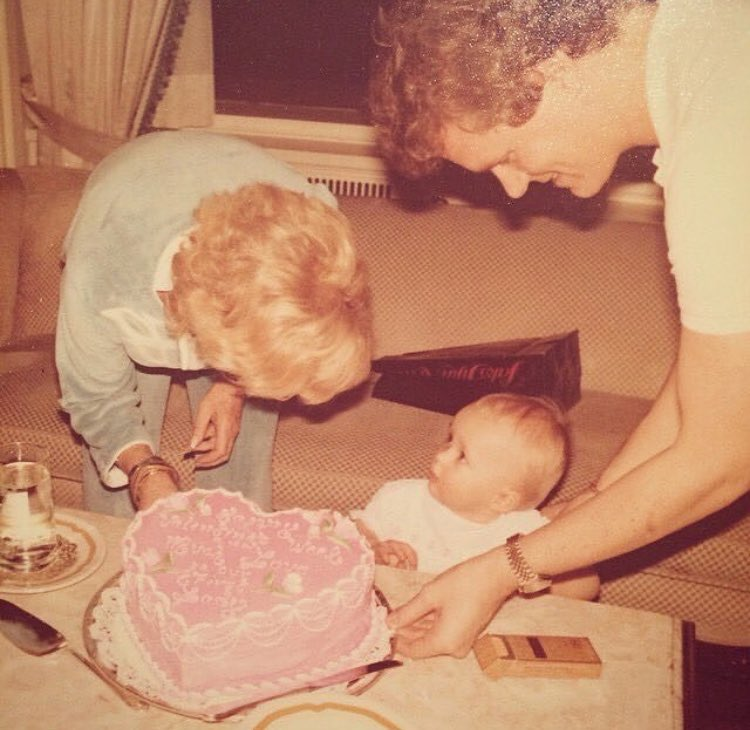 #BirthdayGirl ???????????? #BabyParis https://t.co/0ZXV3t2GOQ