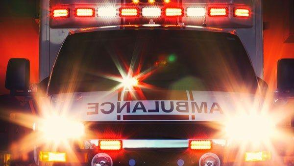 Medic: 2 injured after crash in east Charlotte - | WBTV Charlotte