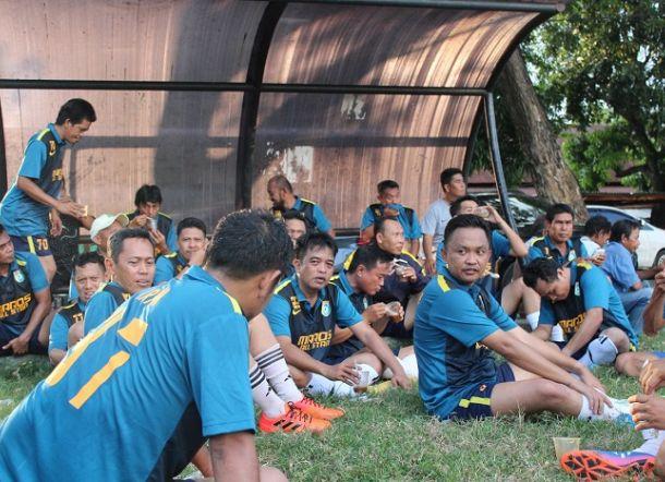 Main Bola di Bantaeng, Ilham Azikin Perkuat Maros All Star https://t.co/t4kCanHMXj https://t.co/cxELRExO3x