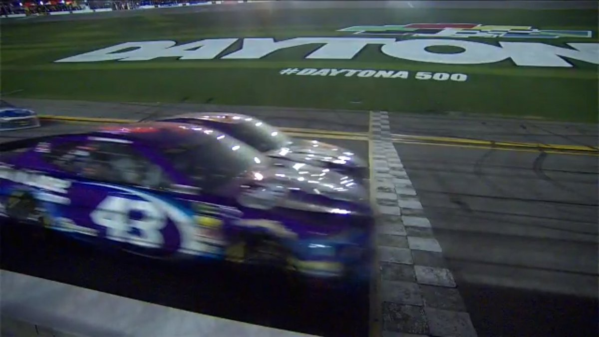 Check out the margin for 2nd Place in today's #DAYTONA500 And we thought the #NASCAR Xfinity Series race was close https://t.co/zUtR8FopSv