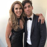 RT : QUE INVITEN A LUCERO A 40 Y 20 !...