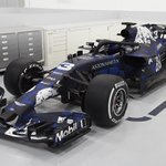 RT : Loving the new livery 😍 #RB14...