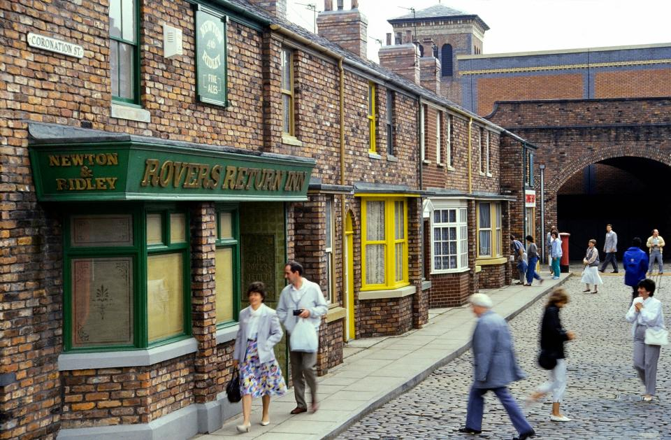 Coronation Street fans will finally get to visit the Rovers again after TV bosses apply for new touring licence
