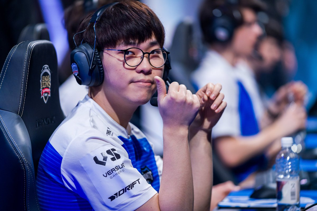 """.@TheShotcallerGG spoke to Ruin over his goals, hopes and dreams:  """"I dream of going to Worlds and solo killing Smeb"""" @ruin_lol  📰 https://t.co/Kj5RGd1P5k https://t.co/V9Qy61M6GE"""