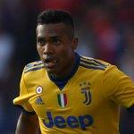 Alex Sandro shrugs off Chelsea & Man Utd transfer talk