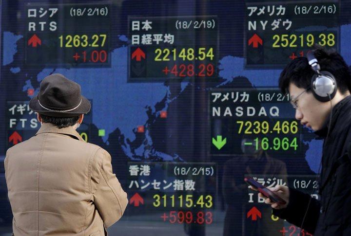 @BroadcastImagem: Bolsas asiáticas ampliam ganhos ganhos recentes, seguindo recuperação de NY. Shizuo Kambayashi/AP