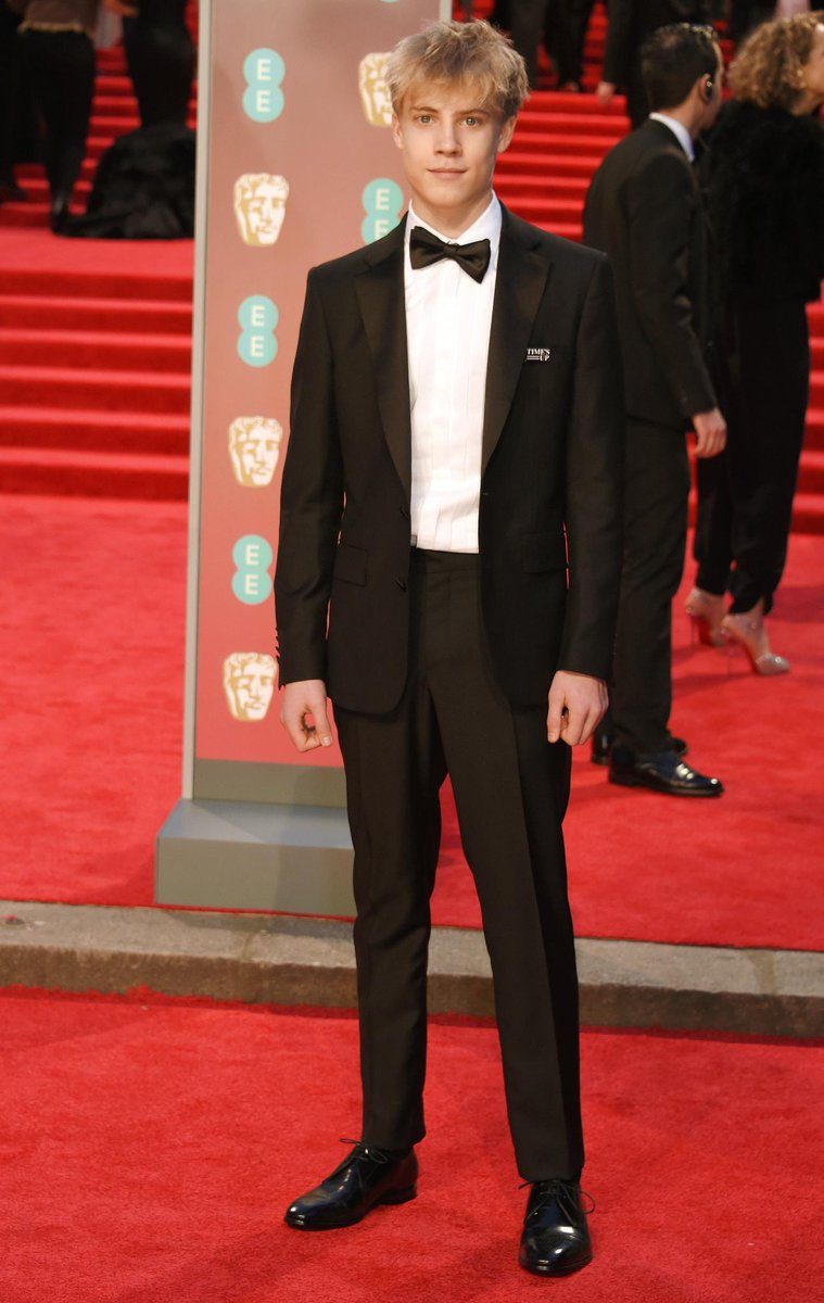 .@TomTaylor1607 dressed in a @Burberry tuxedo at the #EEBAFTAs in London https://t.co/lRXcqGp1hH