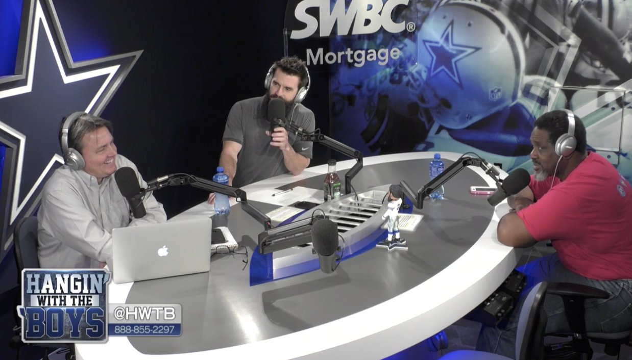 .@HWTB review some recent comments from Dez Bryant regarding his contract.  ��: https://t.co/FCWV3KvYDV https://t.co/ovDfulKzPg