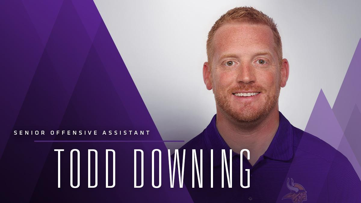 Welcome home, Todd!  Todd Downing has been named Senior Offensive Assistant.   ��: https://t.co/b3KQj8wqEW https://t.co/QFwX4CYGJM