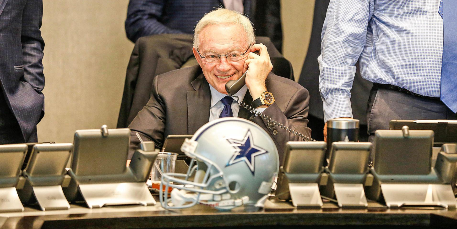 Mailbag: Willing To Trade Up For The Right Prospect? Free Agency Attitude?  Answers: https://t.co/1cpK4zI9FC https://t.co/4jJqVPj6Ac
