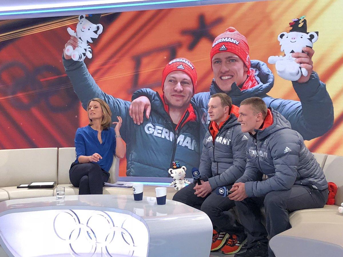 Francesco Friedrich und Thorsten Margis werden Olympiasieger im Zweierbob #BSDteam #Bobsleigh @Olympics https://t.co/ot9YkIY7TN