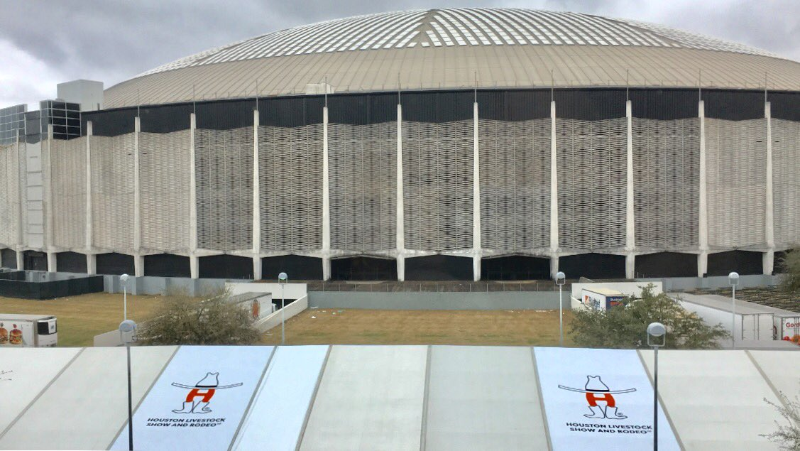 Rodeo Houston and the Astrodome go together like peas and carrots. #khou #HouNews https://t.co/KWD0LQ6umE https://t.co/vpVdFB3dyy
