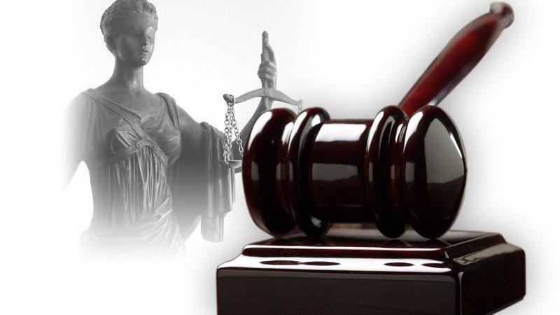 Lawsuit: Kansas City school let violent felon takegirl