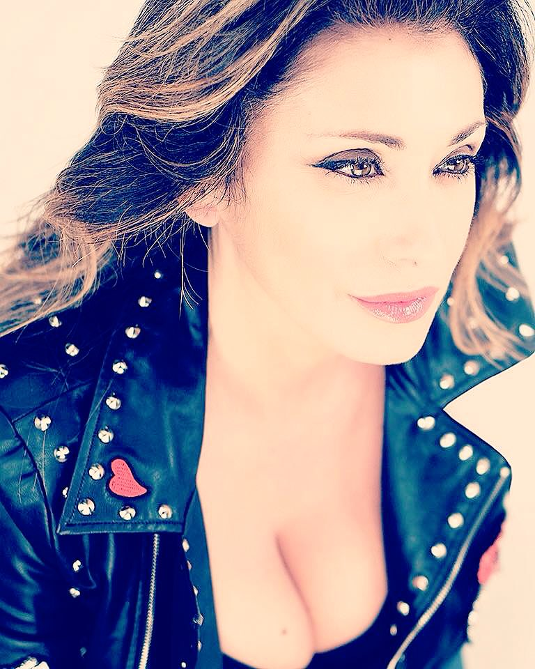 Time to say goodnight..???? #goodnight #goodvibes #sabrinasalerno https://t.co/5Er1r8GdcZ