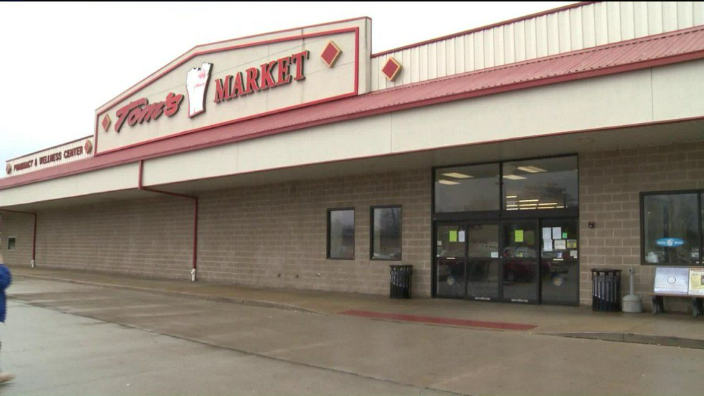 Illinois village losing its only grocerystore