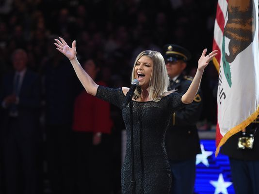 Fergie says 'tried my best' after national anthemblowback https://t.co/G540b4pNqv https://t.co/1ADZxMyZvL