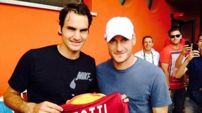 "Totti: ""Federer fuoriclasse eterno"". McEnroe: ""Non so come diavolo faccia"" https://t.co/fZlSDDcWPX https://t.co/w4mZdVjIrz"