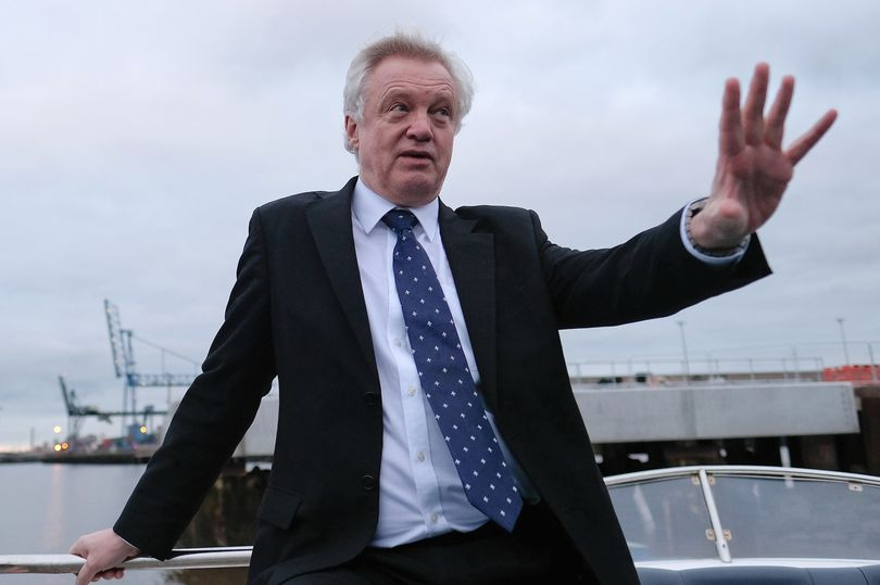 David Davis branded 'idle' as former colleagues warn Britain 'can't cope' with Brexit  https://t.co/e7JvhcdCqA https://t.co/XrrS5QNW1N