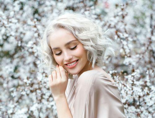 Luxe:Comment avoir un max d'éclat avec des cheveux blancs ?: Avoir >> https://t.co/oEwjvgkPss #luxe https://t.co/nI3WT1GG5S