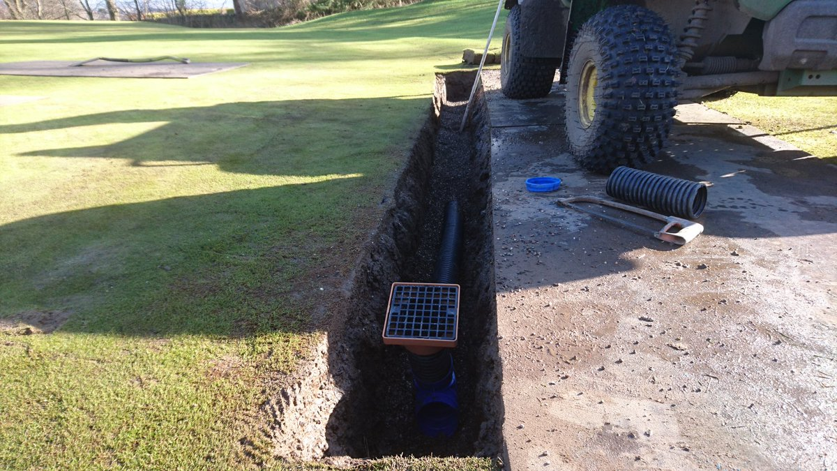 test Twitter Media - Trying to ease the drainage issue at front of 14th Green with a bit of pipe installation. https://t.co/dixjxcfqj6