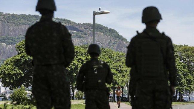Diputados aprobaron militarización en seguridad de Río de Janeiro
