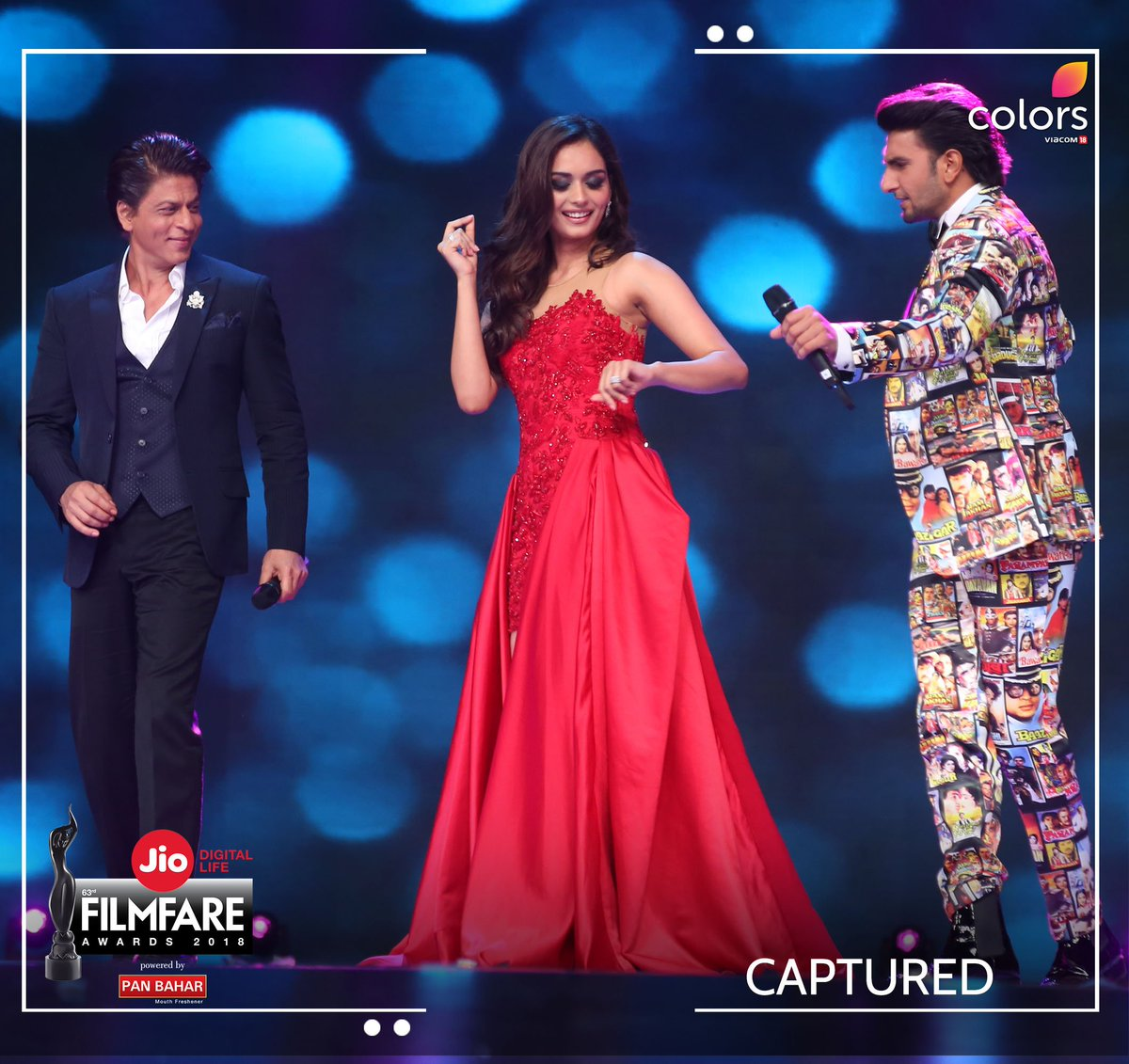 test Twitter Media - Miss World @ManushiChhillar joins Bollywood superstars @iamsrk & @RanveerOfficial for a fun moment on stage! Watch all the fun unfold on #JioFilmfareAwards this Sunday, 25th Feb at 8PM! https://t.co/6RIyC1iiHB