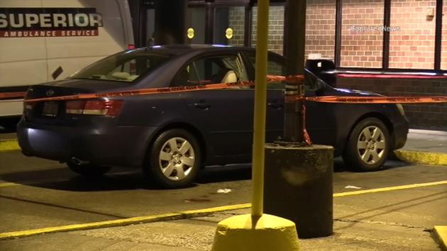 8 killed, 30 wounded in Presidents Day weekend shootings across Chicago