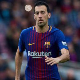 RT @FootbaIIBattIes: RT for Busquets🇪🇸 LIKE for Kanté🇫🇷   #CHEFCB https://t.co/mCJge7qKEf