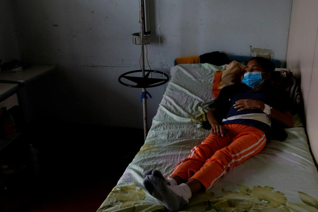 With medicine running out, Venezuelans with transplants live in fear https://t.co/T4kwIOzxMc https://t.co/Pla6D8lv7T