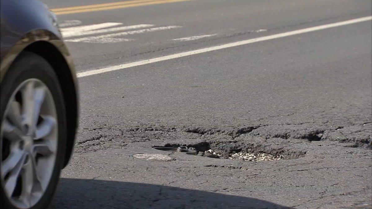 Downside of nicer weather? More potholes: https://t.co/2CMOFmFk90 https://t.co/WbBn3UjFJU