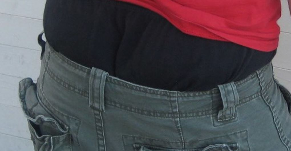 Would you support a fine for people with sagging pants? https://t.co/qqtjGNIT2Z https://t.co/3sgjzQniS2