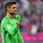RT : Görmeyenler için Bayern Münih'in kalec...